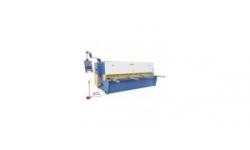 Hydraulic swing beam shear
